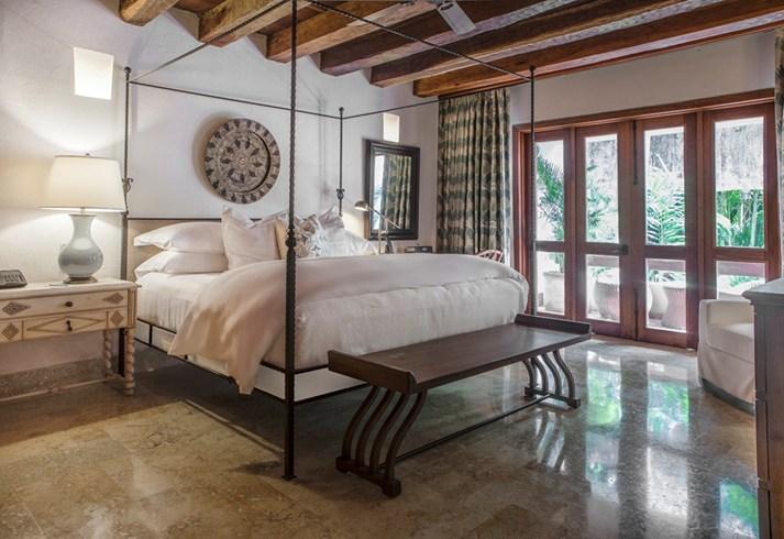 A junior suite at Casa San Augustin