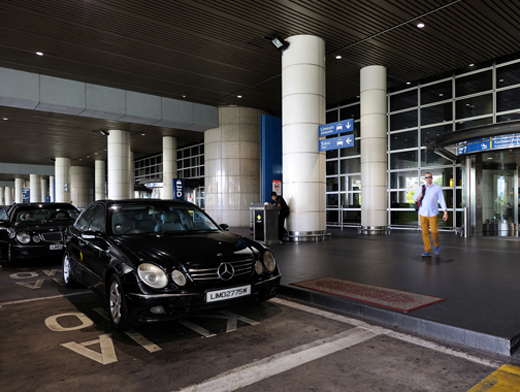 Luxurious Taxis are more expensive in Kuala Lumpur (Image Source: KLIA / klia.com.my)