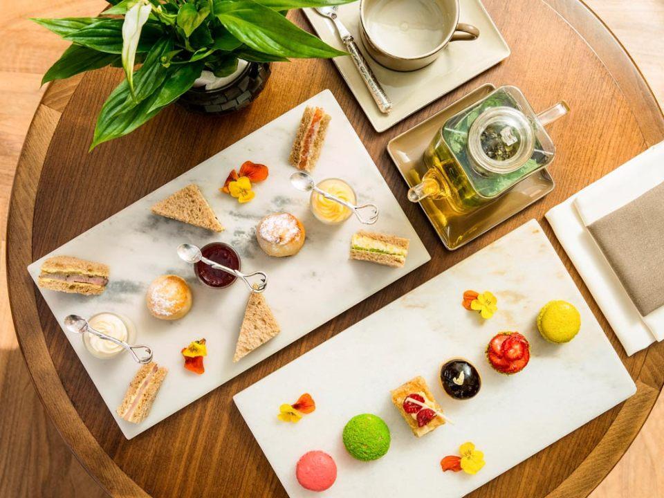 Afternoon Tea with an eye for details (Image Source: Sofitel Dubai Jumeirah Beach / sofitel.com)