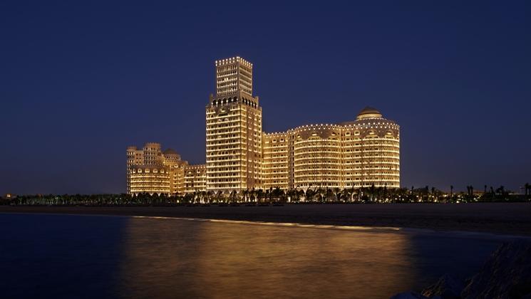 Beautiful exterior (Image Source: Waldorf Astoria Ras Al Khaimah / hilton.com)