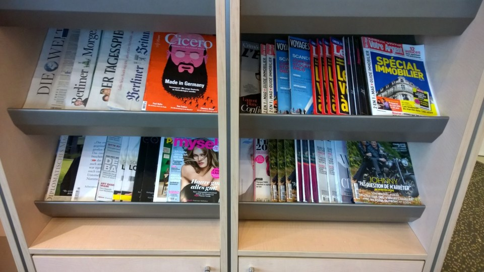 Magazines are complimenary in the Air France Lounge at Berlin-Tegel