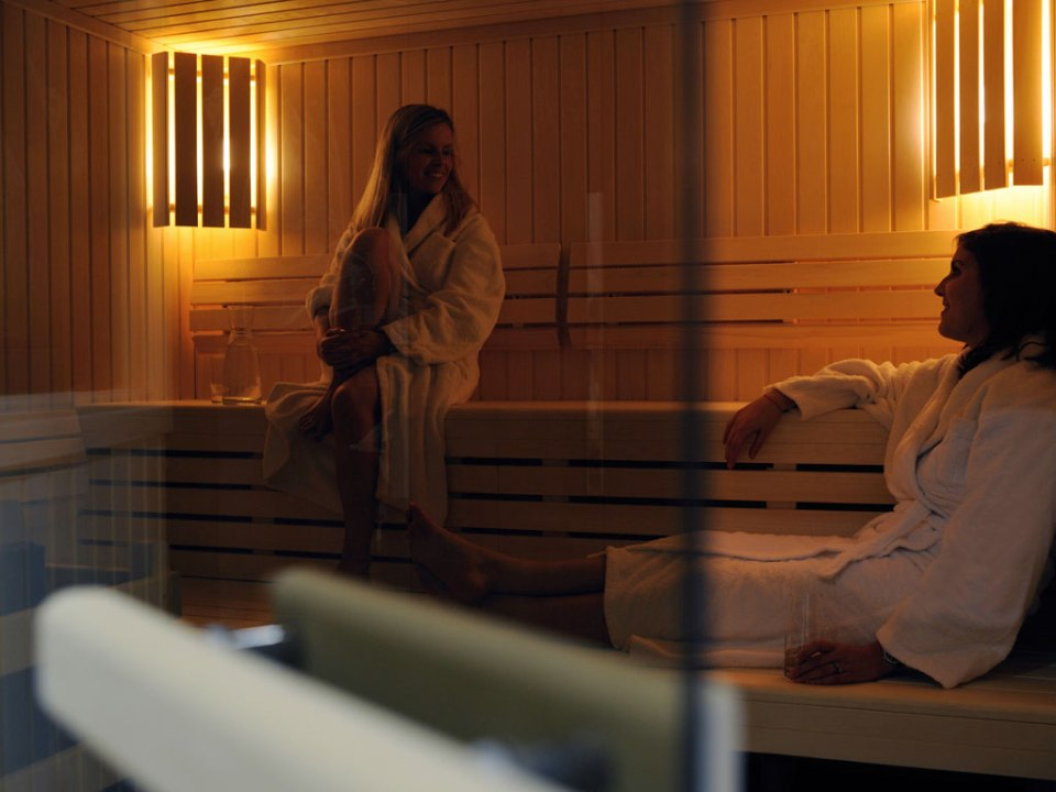 Sauna to rest after a long day (Image Source: Pullman Brussels Centre Midi / pullmannhotels.com)