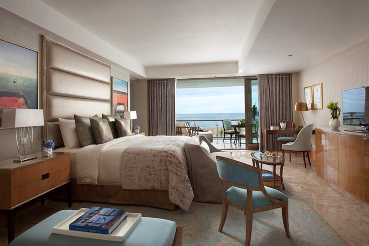 Bedroom of a Junior Suite (Image Source: The Leading Hotels of the World / lhw.com)