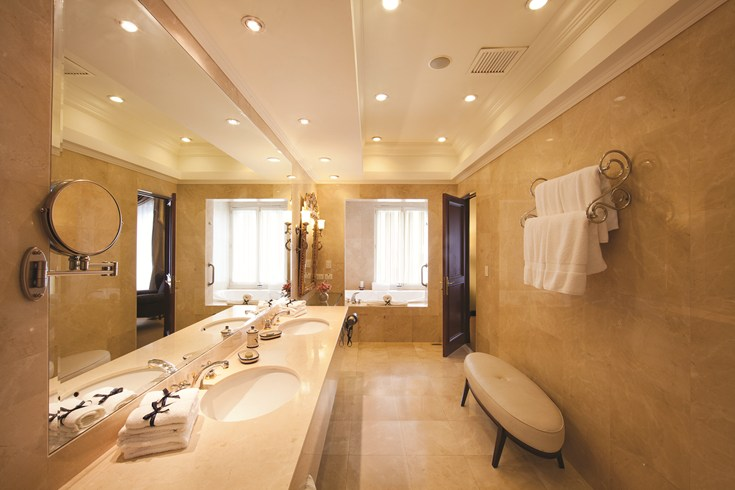 Marble bathrooms may be found in all rooms (Image Source: The Leading Hotels of the World / lhw.com)