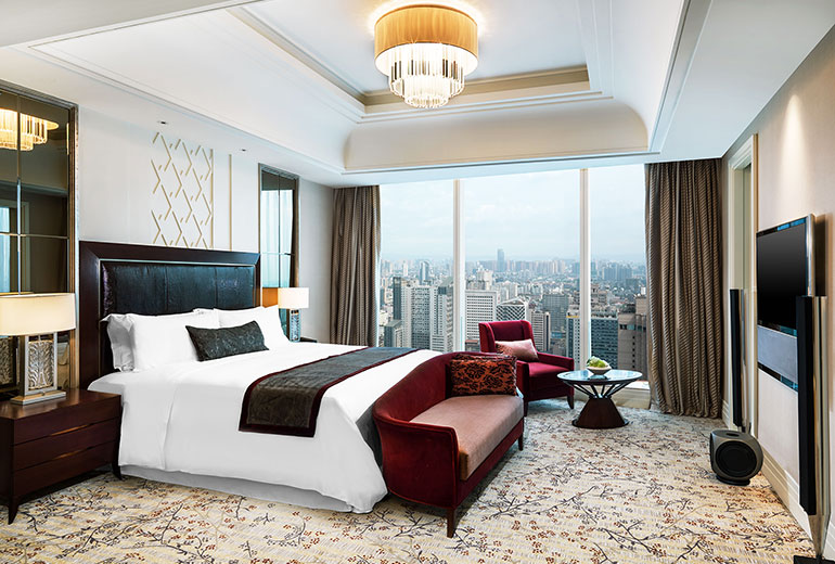 Bedroom with a view: The Governor Suite (Image Source: St. Regis Changdu / starwoodhotels.com)