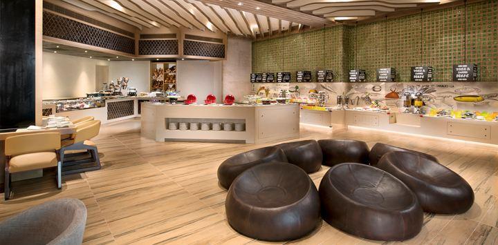 Stylish buffet restaurant (Image Source: Shangri-La's Sanya Resort / shangri-la.com)