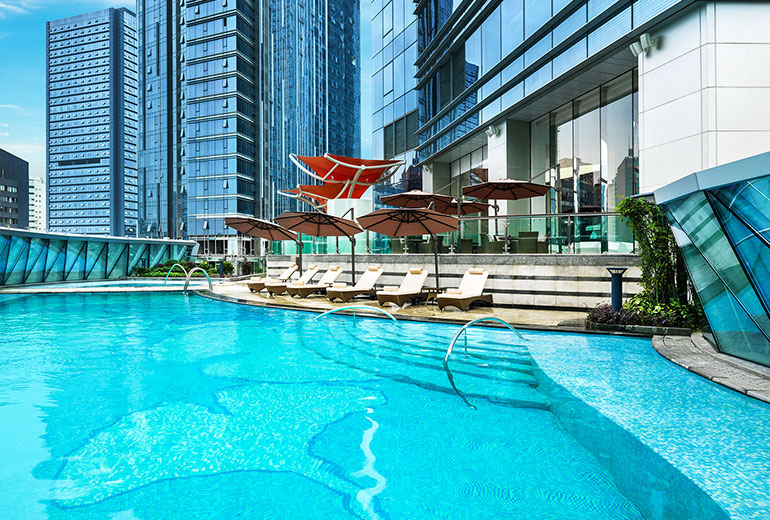 Big enough for laps: Outdoor pool at the St. Regis Chengdu (Image Source: St. Regis Changdu / starwoodhotels.com)