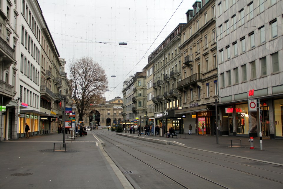 Many museums can be found close to the Bahnhofsstrasse