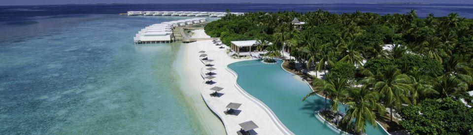 One of the largest pools in the Maldives (Image Source: Amilla Fushi / amilla.mv)