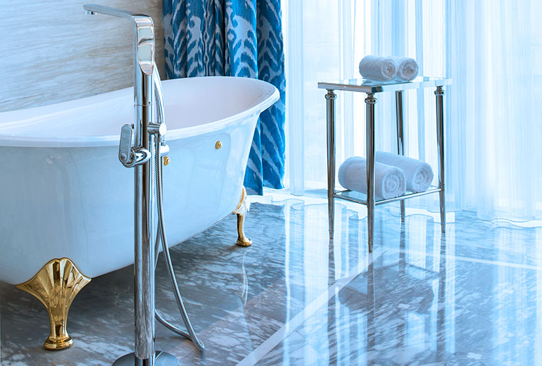 Bathrooms are partly modern and pertly classic (Image Source: The Azure Qiantang / starwoodhotels.com)