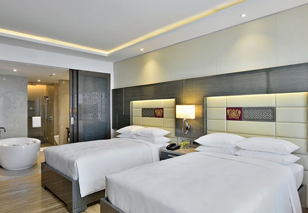 Deluxe Rooms are also available with Twin Beds