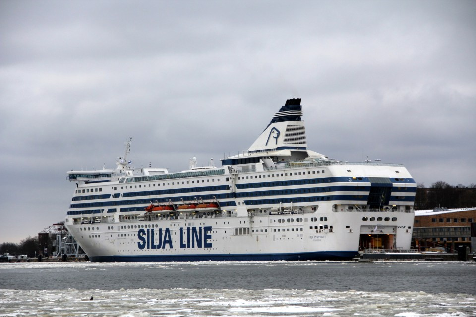 Not only small, but also large ferries, for example to Tallinn, may be found in Helsinki