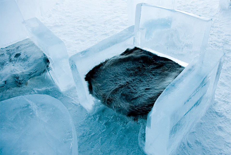 Ice Room (Image Source: Icehotel / icehotel.com)