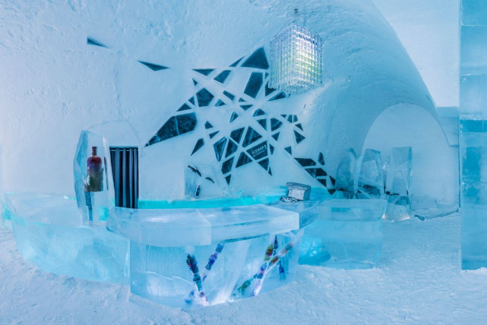 Icebar (Image Source: Icehotel / icehotel.com)