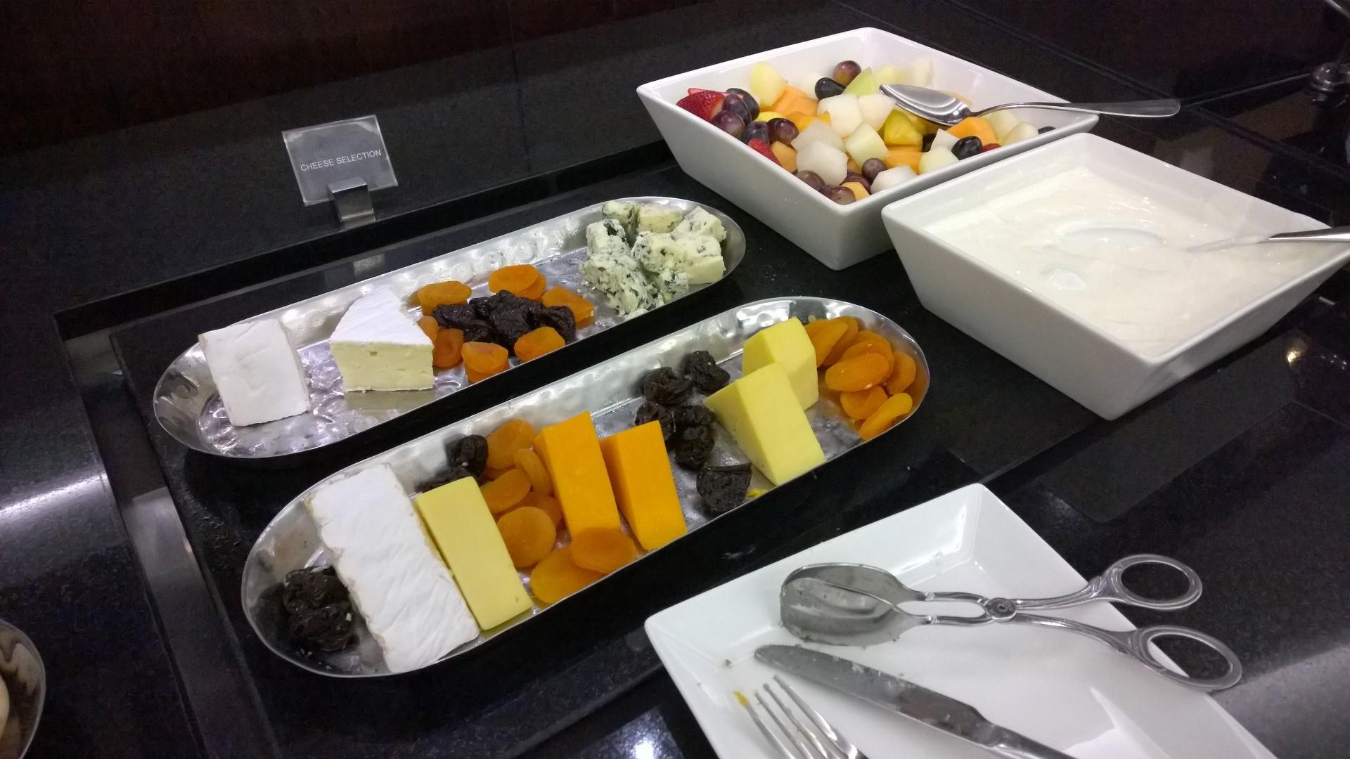 Abu Dhabi Premium Lounge T3