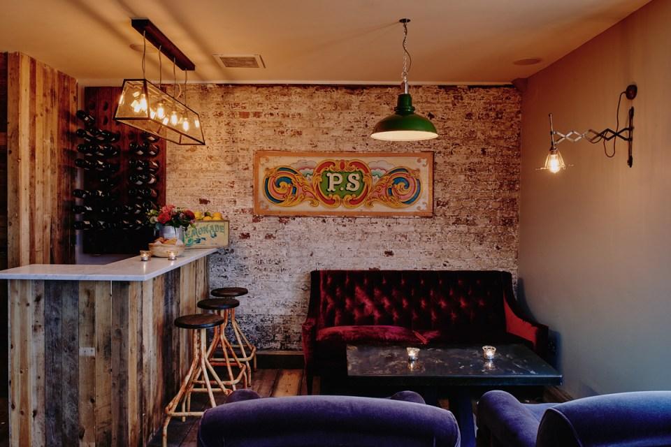 Artist Residence London Bar