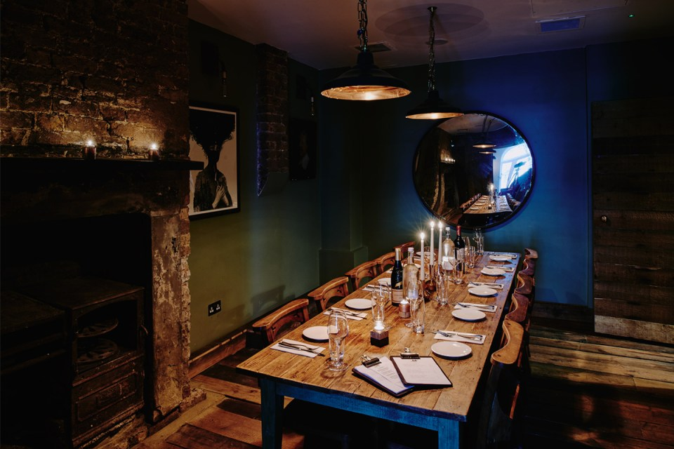 Artist Residence London Private Dining Room