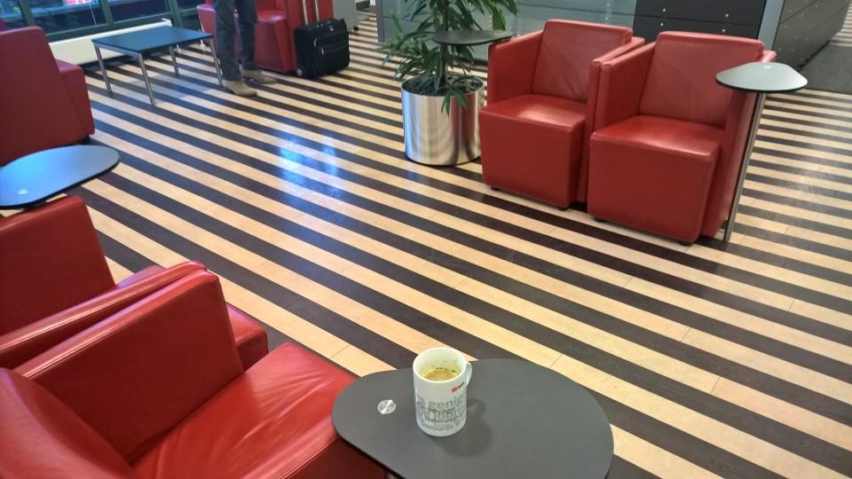 DB Lounge Hamburg Seating