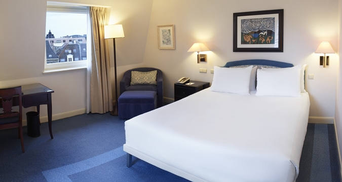 Hilton Brussels Grand Place Queen Room