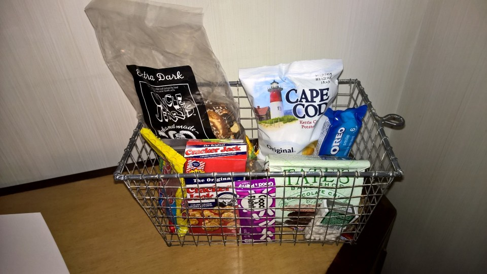 The Greenwich New York Snack Basket
