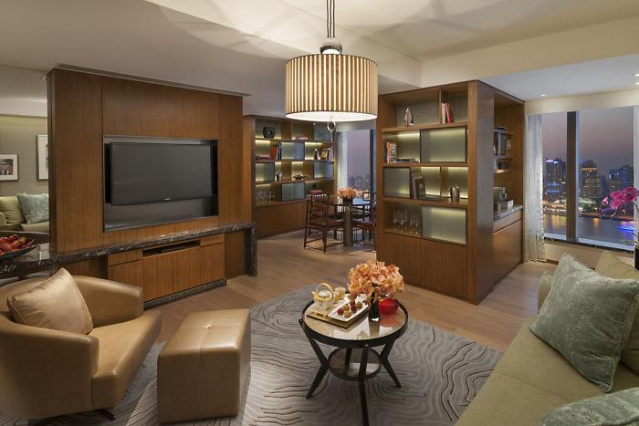 Mandarin Oriental Shanghai Suite Harbor View