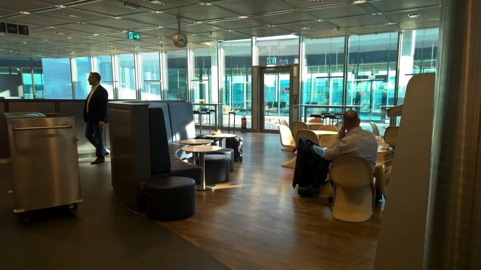 Lufthansa Business Lounge Frankfurt Airport