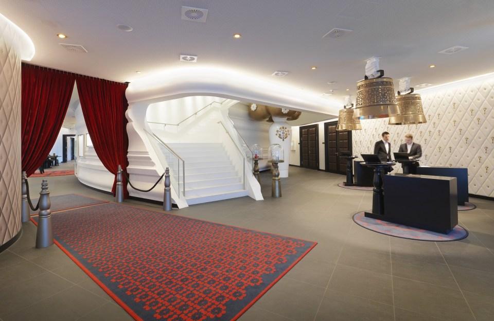 Kameha Grand Zurich Lobby
