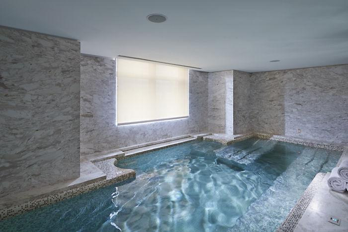 Spa Vitality Pool (Image Source: Mandarin Oriental Taipei / mandarinoriental.com)