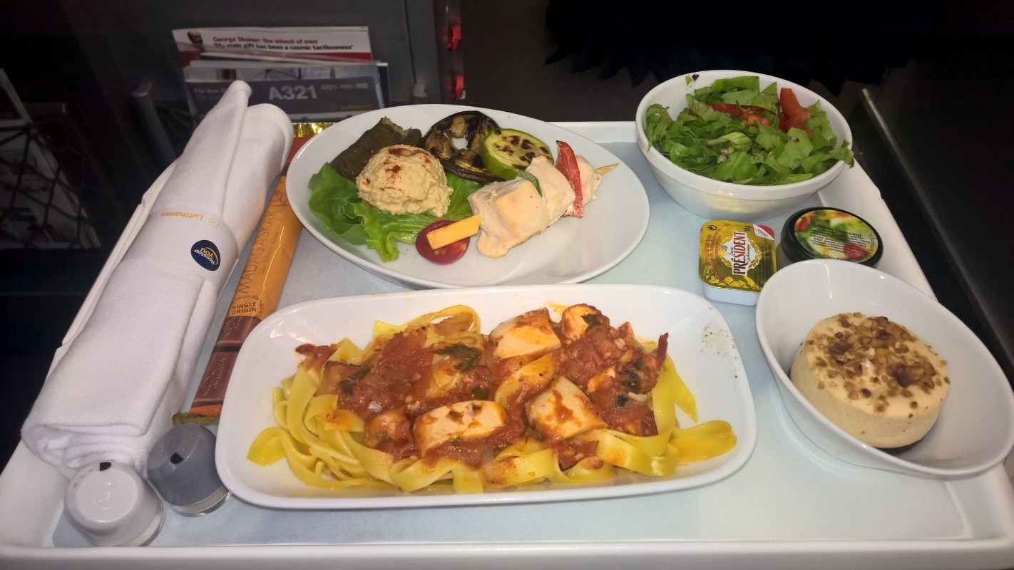Lufthansa A321 Business Class Lunch