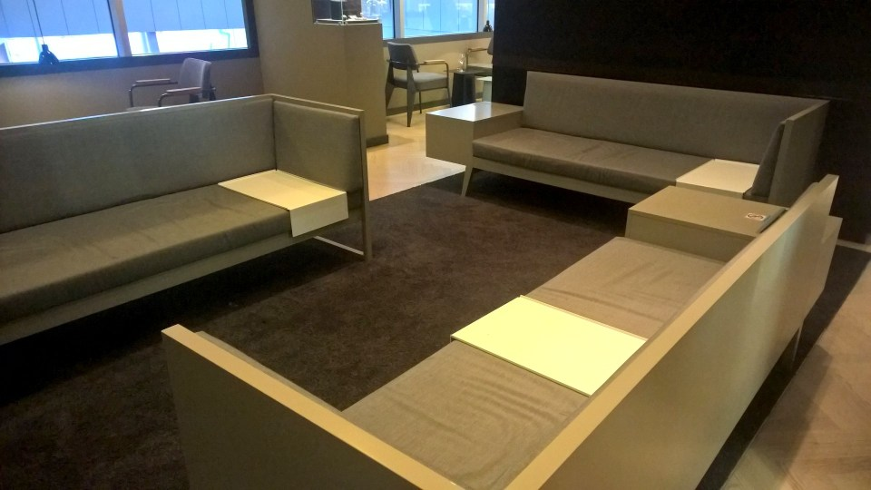 Aspire Lounge Zurich Seating