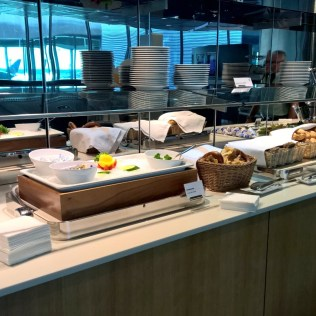 Lufthansa Business Lounge Frankfurt B44 Buffet