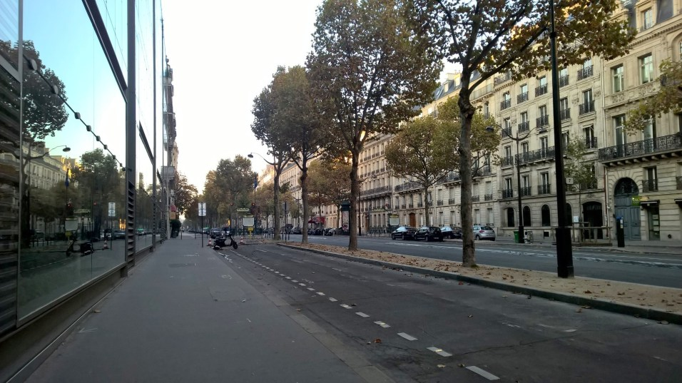 Running in Paris Avenue Kleber