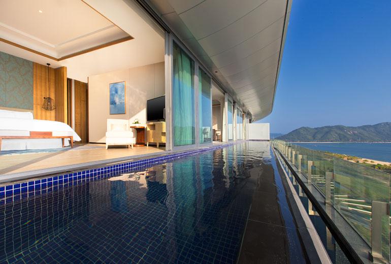 Westin Blue Bay Resort Gran Ocenfront Suite