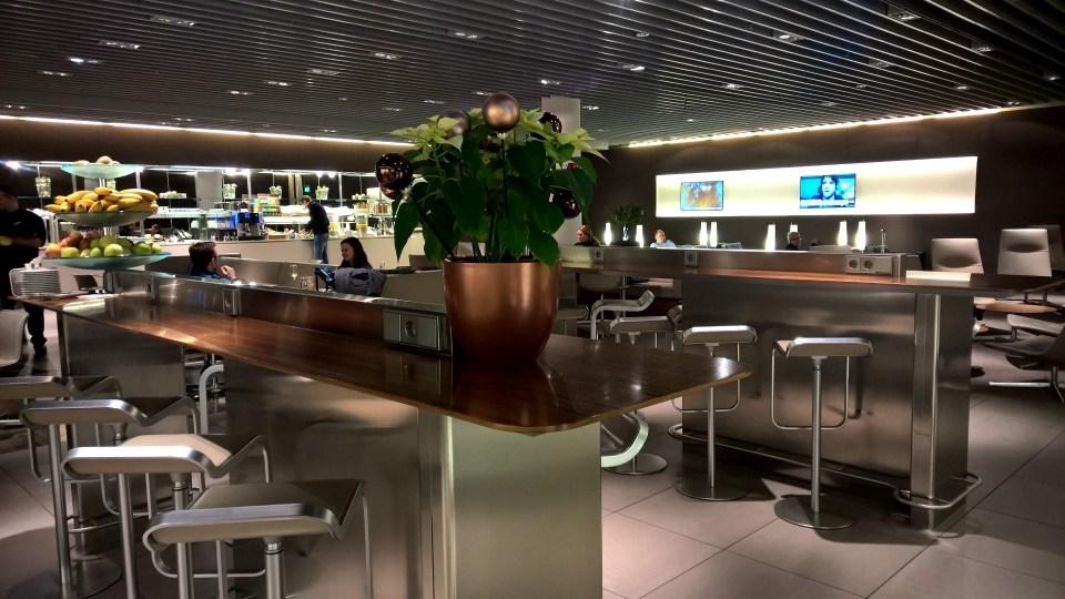 Lufthansa Senator Café Munich Seating