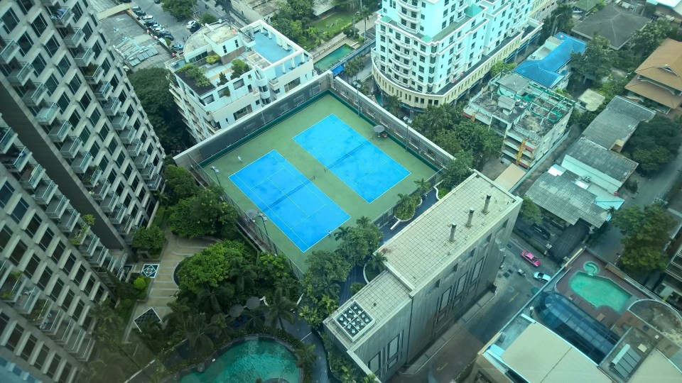 Conrad Bangkok Tenis