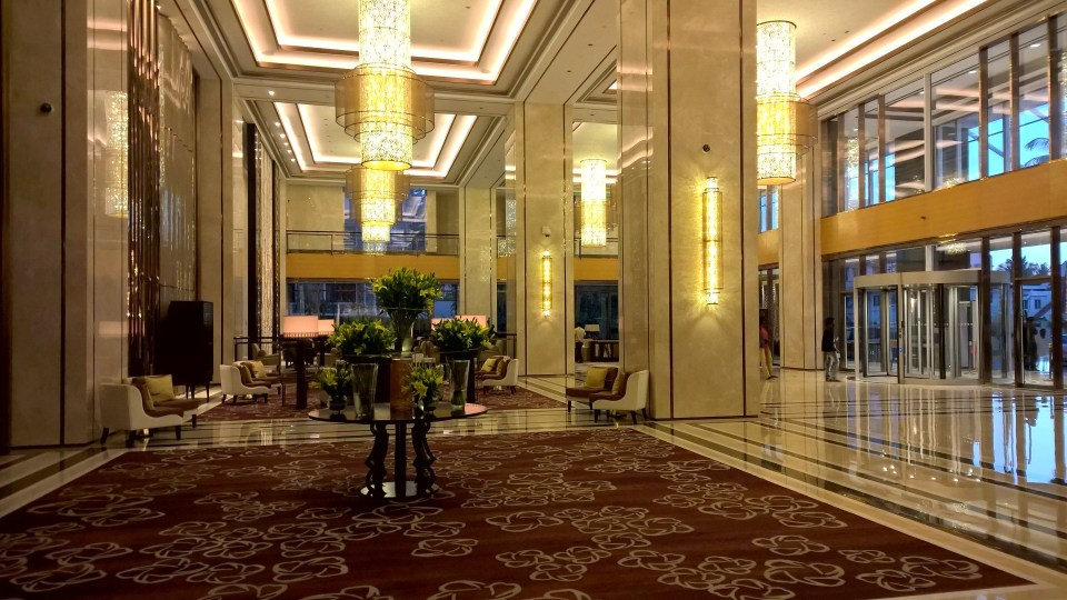 Shangri-La Bengaluru Lobby