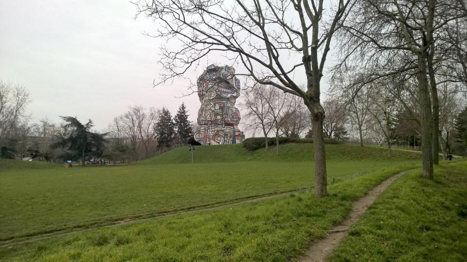 Tour aux Figures de Jean Dubuffet Paris