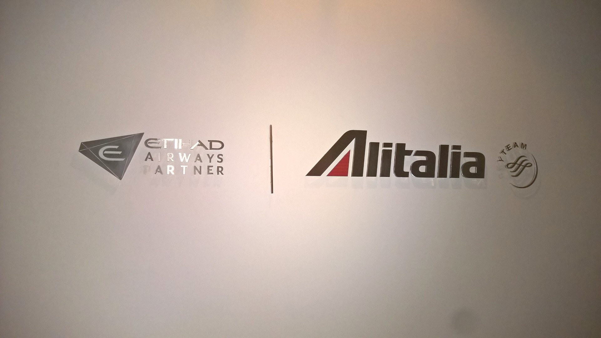 Alitalia Tintoretto Lounge Venice Entrance