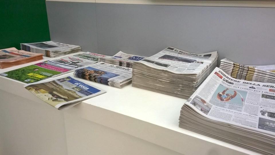 Alitalia Tintoretto Lounge Venice Newspapers