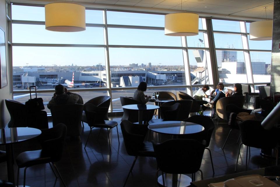 Seating AA Flagship Lounge JFK