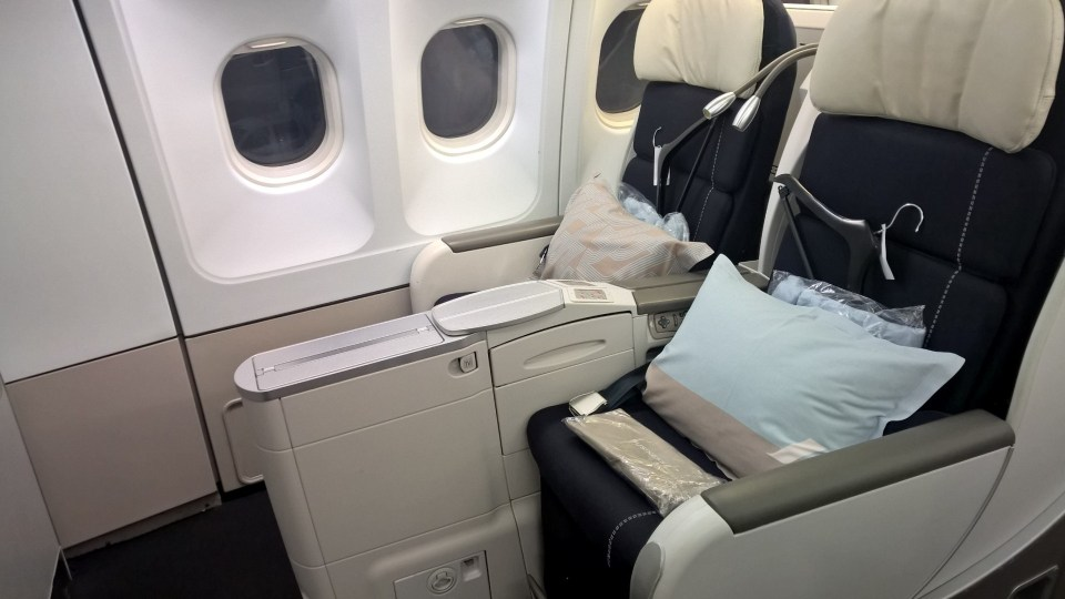 Air France Business Class Boeing 777-200