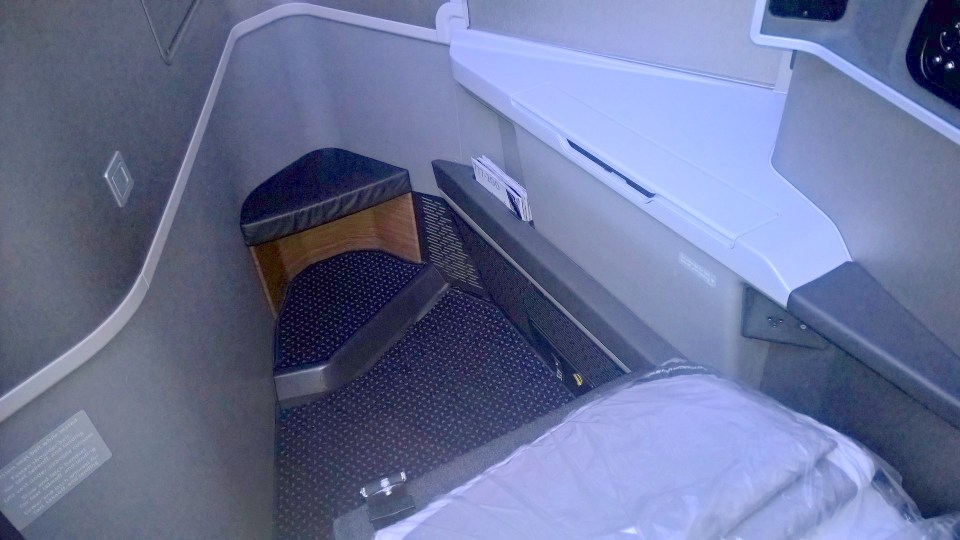 American Airlines new Business Class Boeing 777-200