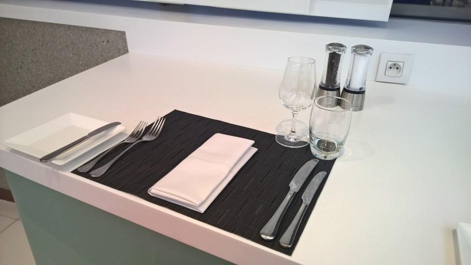 Etihad Lounge Paris Dinner
