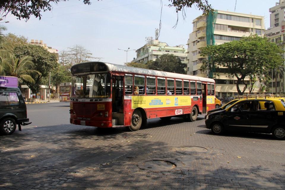 Bus Mumbai
