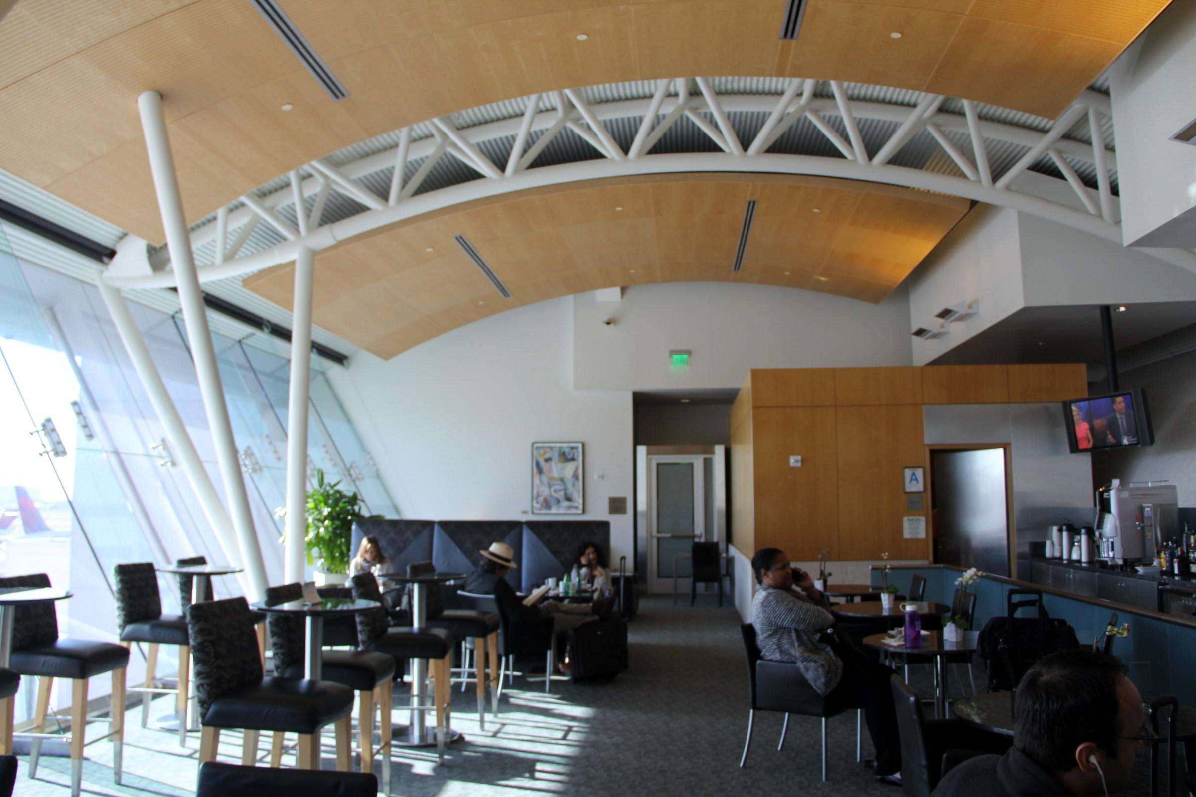 AA Flagship Lounge LAX Seating