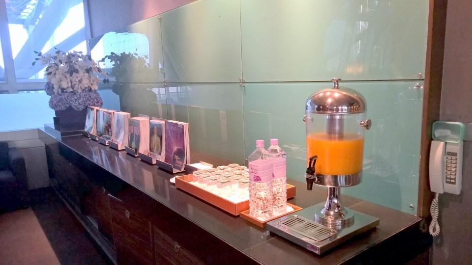 Thai Royal Silk Lounge Bangkok