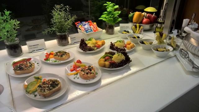 Lufthansa Senator Café Munich Buffet