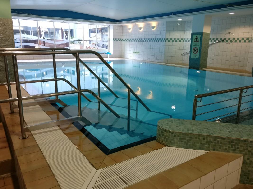Hilton Dresden Pool