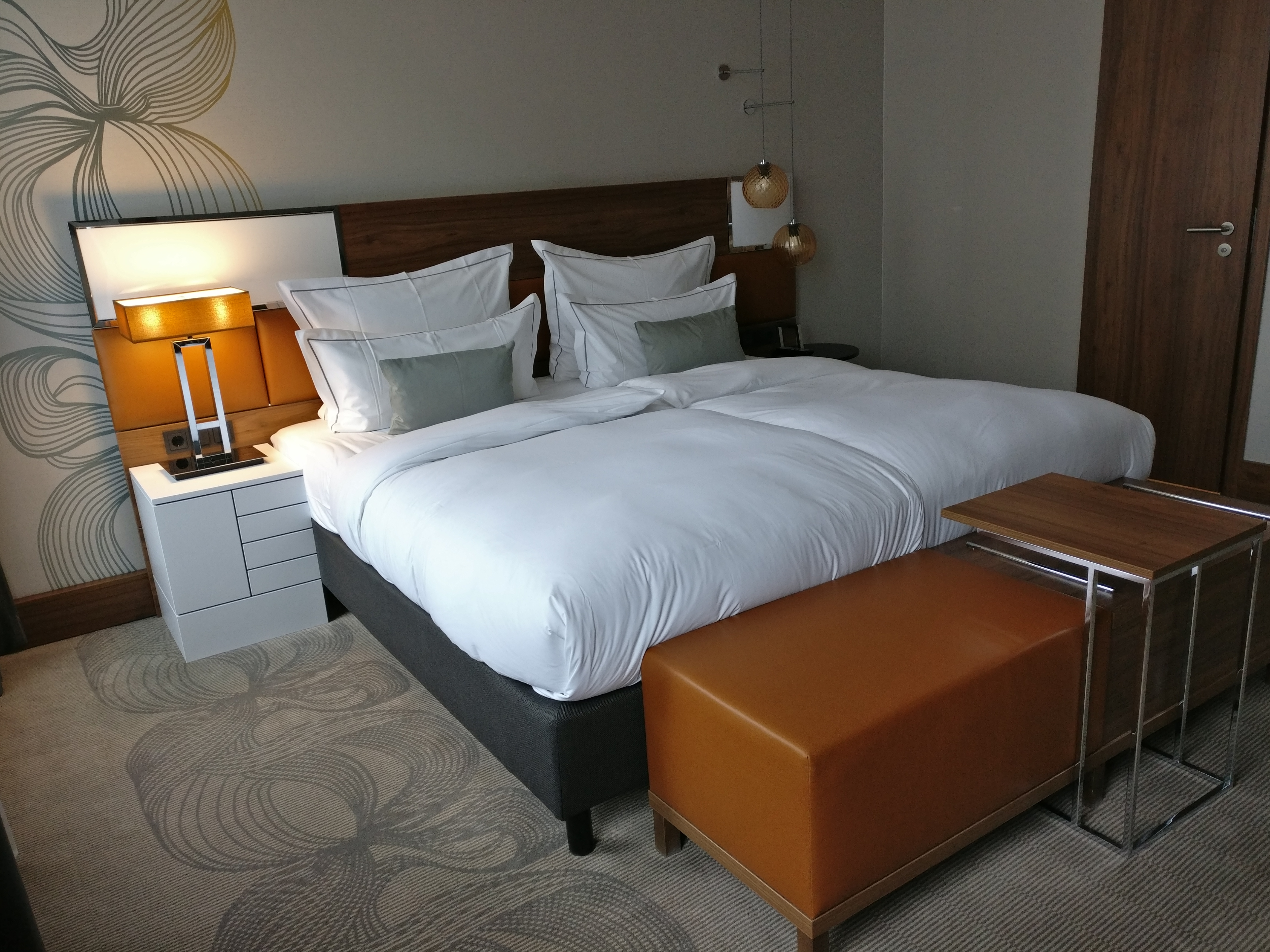 Reichshof Hamburg One Bedroom Suite 6