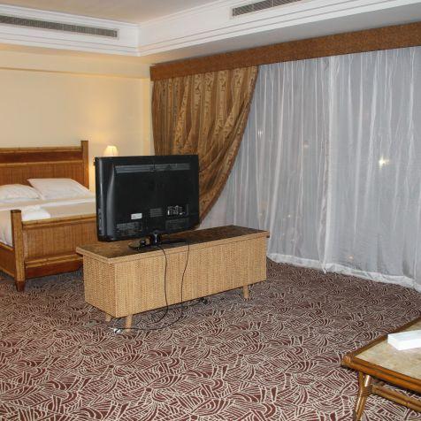 Hilton Pyramids Golf Resort Presidential Suite Bedroom